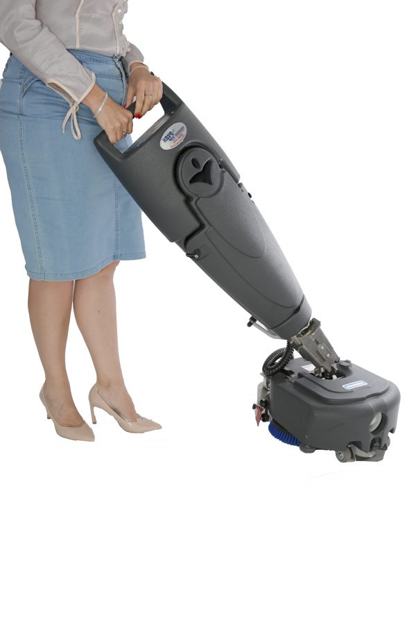 מכונת שטיפה לרצפה